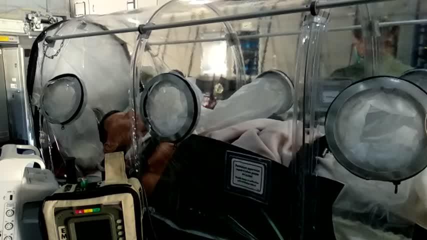 El Ejército adapta un avión para convertirlo en un hospital volante