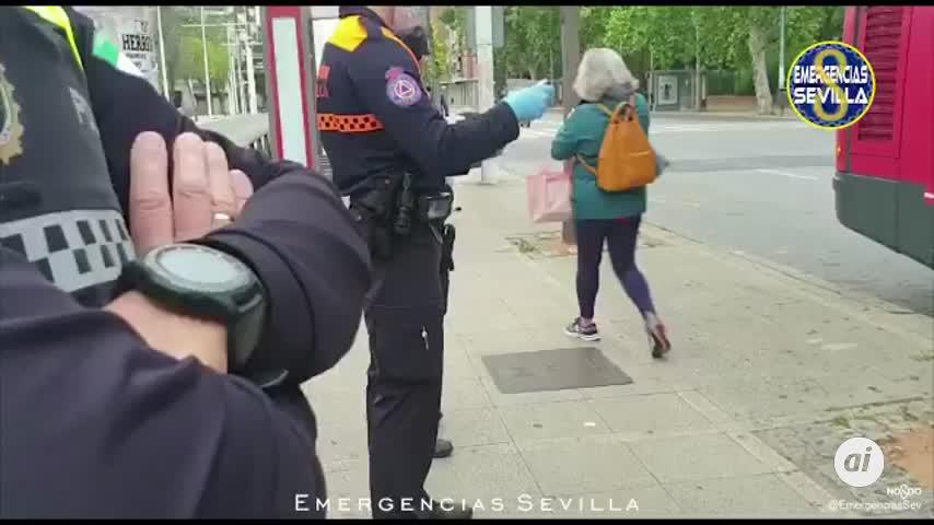 El Gobierno reparte en los transportes de Sevilla 434.000 mascarillas