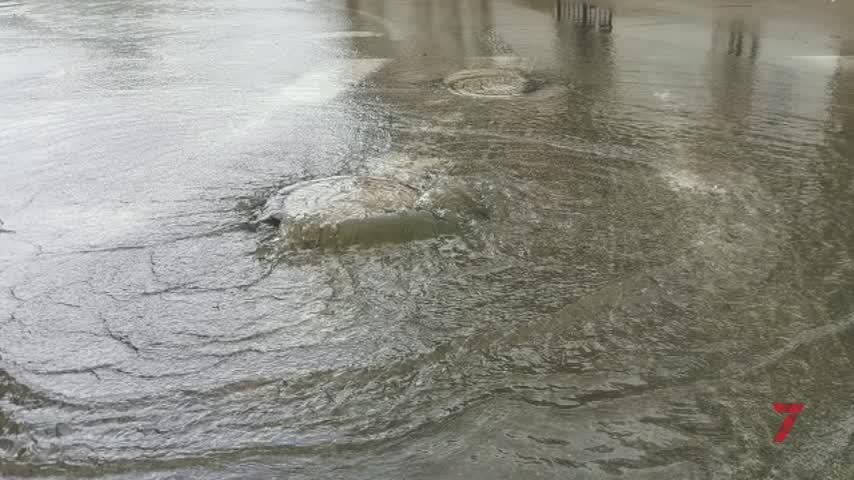 La tormenta de granizo saca a flote el problema del alcantarillado