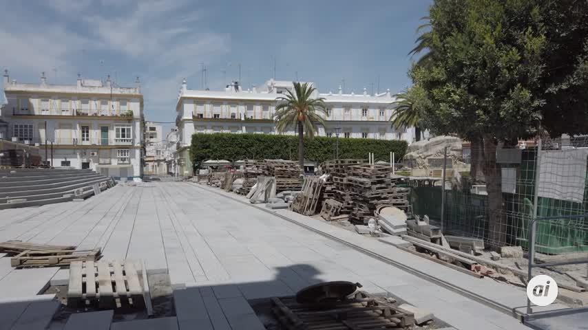 Avanza la obra del entorno del Ayuntamiento con la solería ya puesta
