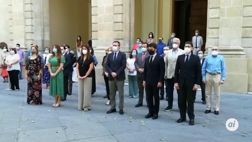 La provincia de Sevilla guarda un minuto de silencio por las víctimas