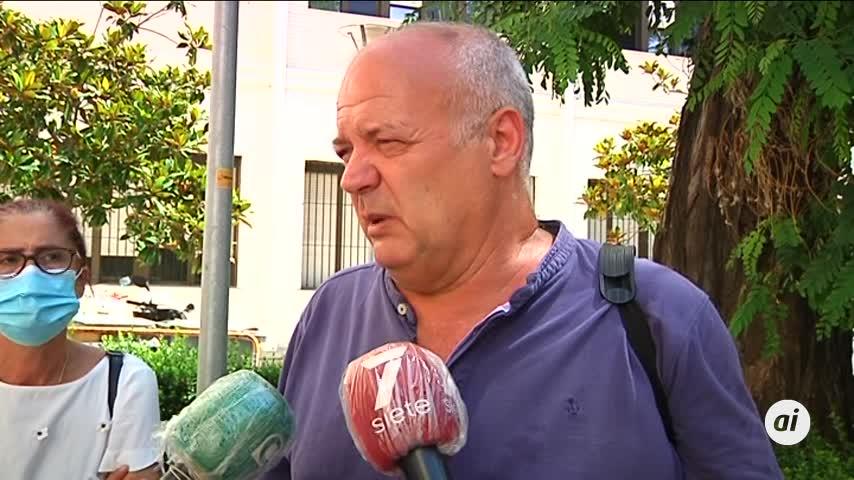 Gritan en Cádiz contra el recorte de la Junta en Universidad Pública