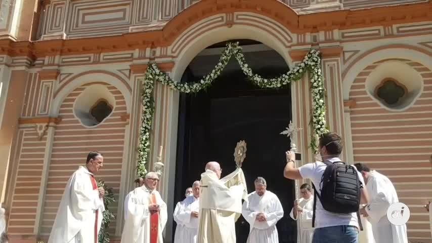 Bendiciones desde la Catedral de Huelva en un Corpus atípico
