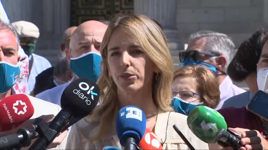 """Álvarez de Toledo llama a la sociedad a """"movilizarse"""" contra Bildu"""