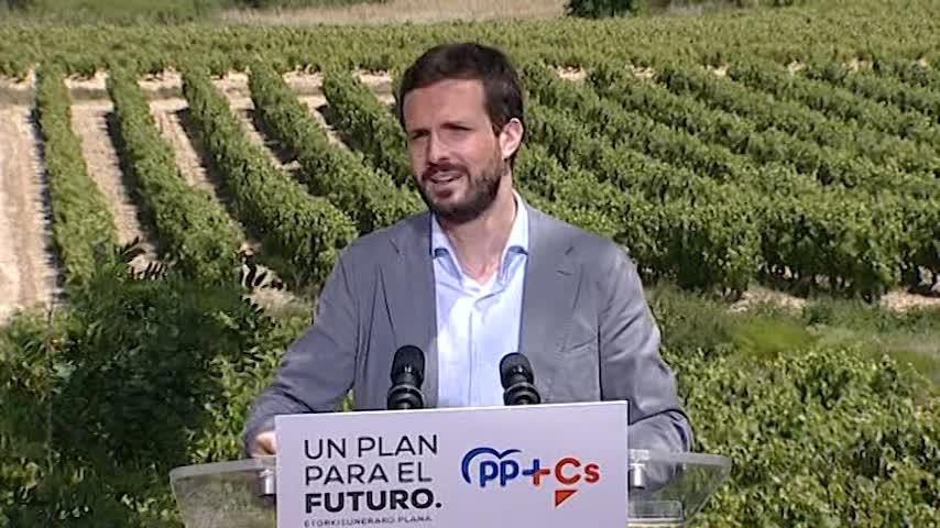 """Casado: Sánchez """"nos va a freír a impuestos"""""""