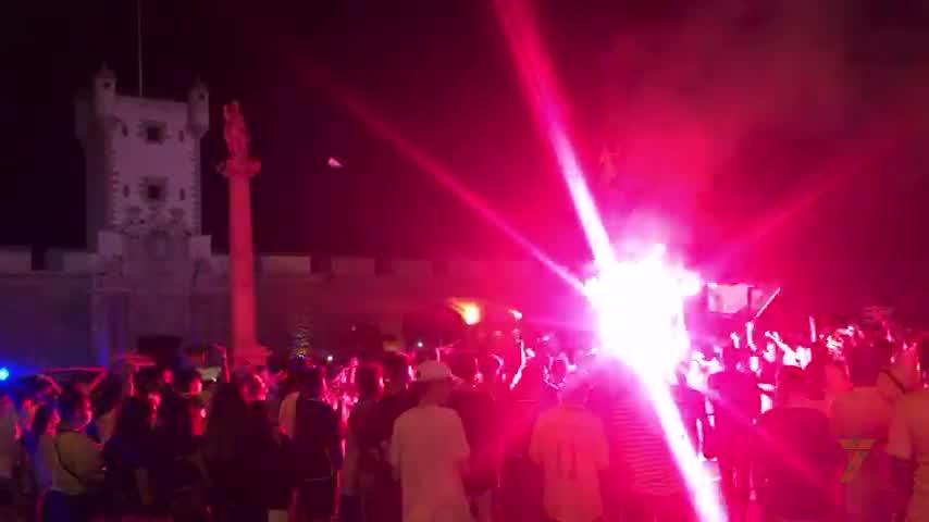 Aficionados celebraron el ascenso en Puerta Tierra