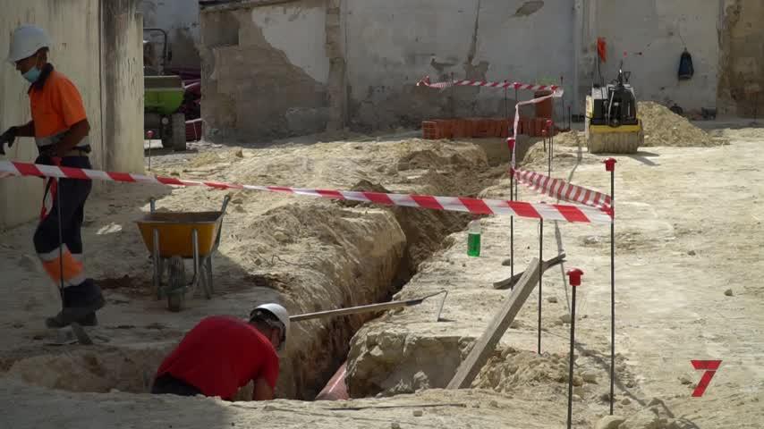 Las obras en el entorno de San Juan de los Caballeros están al 50%