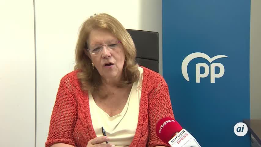 El PP critica que Podemos, con 35 escaños, hable ya de instaurar la República