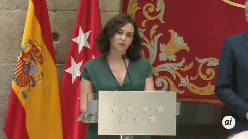 Madrid: obligatoria la mascarilla y registrará a los clientes de las terrazas