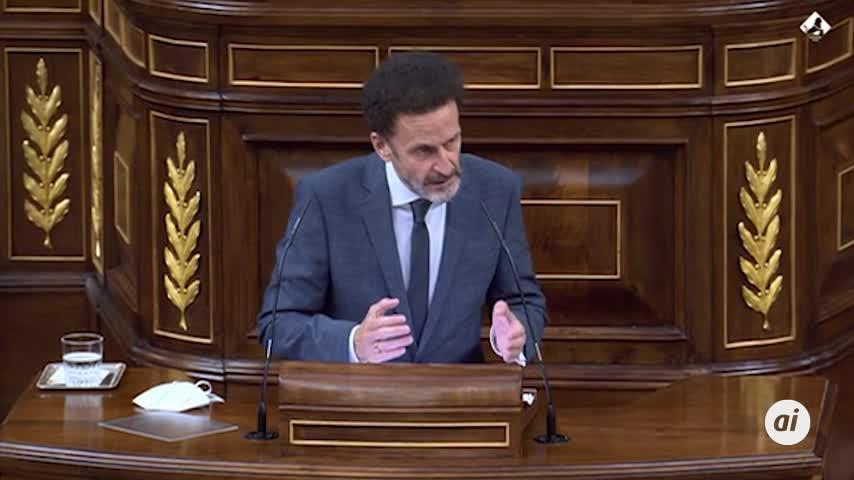 Cs carga contra el PSOE por llenar su bancada del Congreso