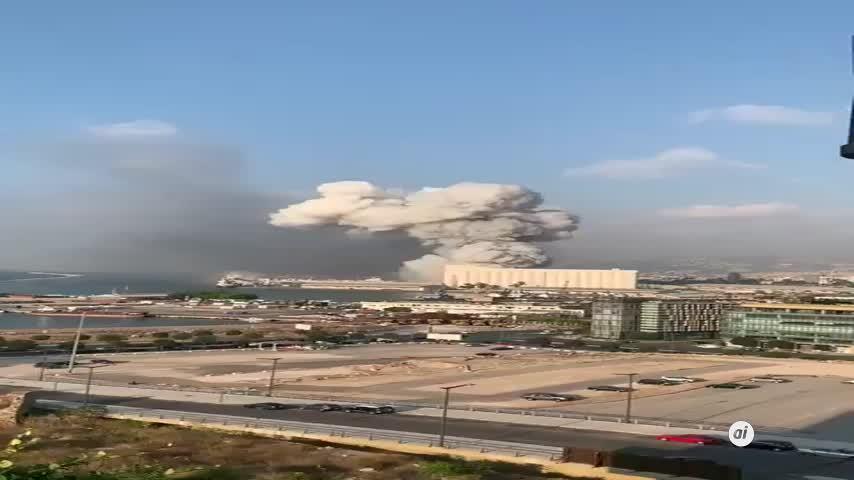 Ya son 100 los muertos y 4.000 los heridos por una gran explosión en Beirut