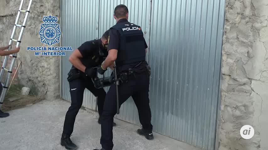 Dos detenidos por almacenar vehículos para el narcotráfico en Algeciras