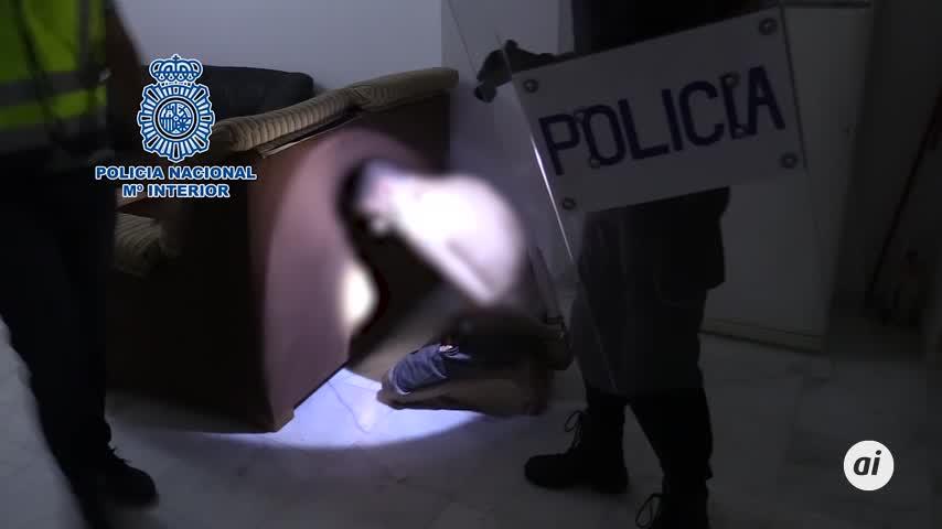 """Cae en el centro de Cádiz el punto más activo de venta de """"rebujito"""" y cocaína"""
