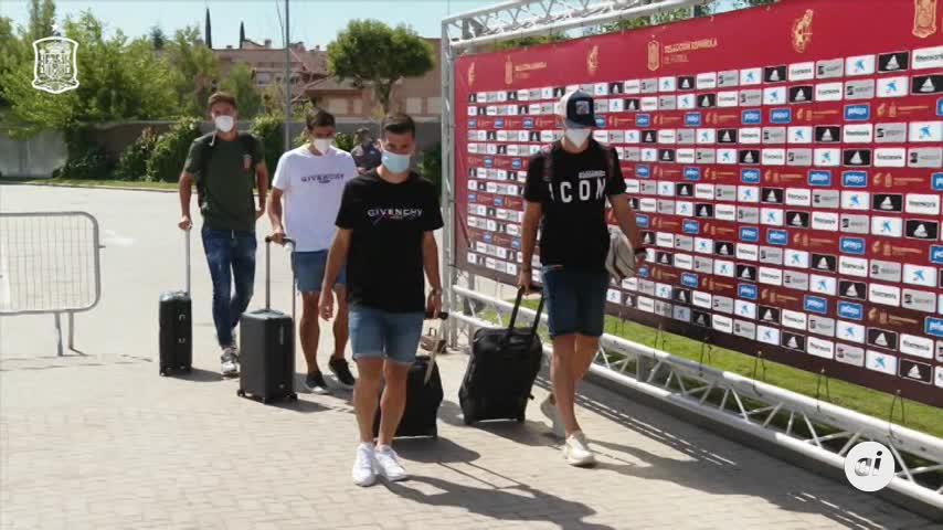 España retoma la era Luis Enrique con seis debutantes y el foco en Alemania