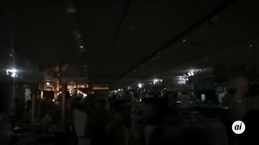 Desalojan la tienda Lefties en Bahía Sur por una avería en el sistema eléctrico