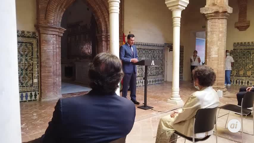 Moreno garantiza el compromiso con el arte al inaugurar la muestra de Laffón
