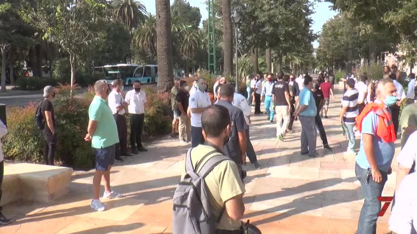 La hostelería y el ocio nocturno de Málaga se manifiestan por su rescate