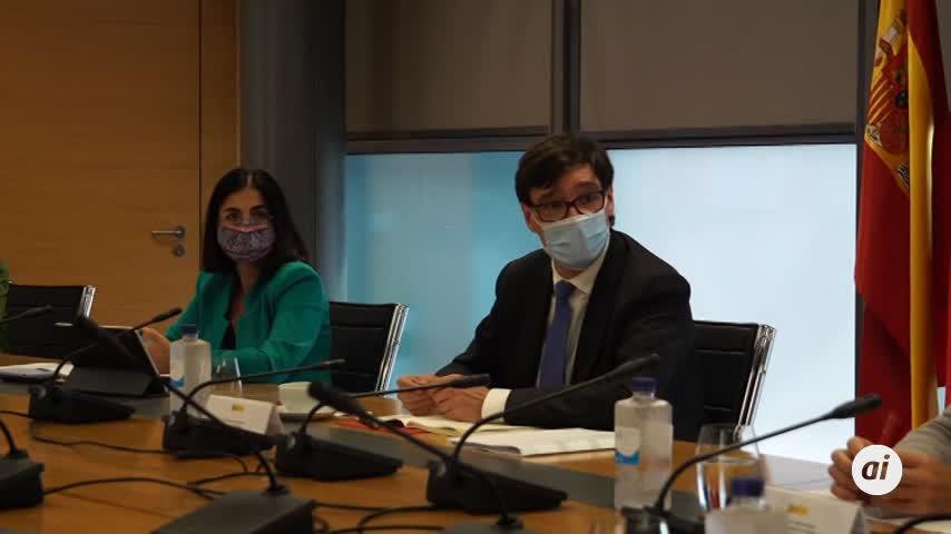 Madrid no cierra la capital, como pide Sanidad, a la espera de resultados