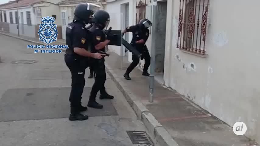 Treinta detenidos al caer la mayor red de cocaína de Sevilla y Cádiz