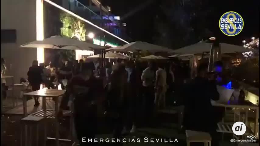 420 multas por beber en la calle en Sevilla y dos establecimientos clausurados