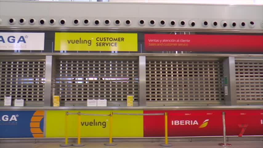 Detenido en el aeropuerto de Málaga tras ingerir 120 bellotas de hachís