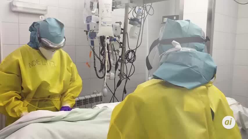 Más de 20 médicos jubilados de Málaga hacen labores altruistas de rastreo