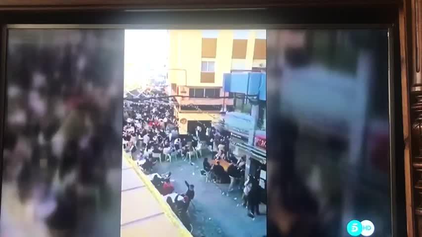 Televisiones nacionales difunden concentraciones en las terrazas de la calle Las Cortes