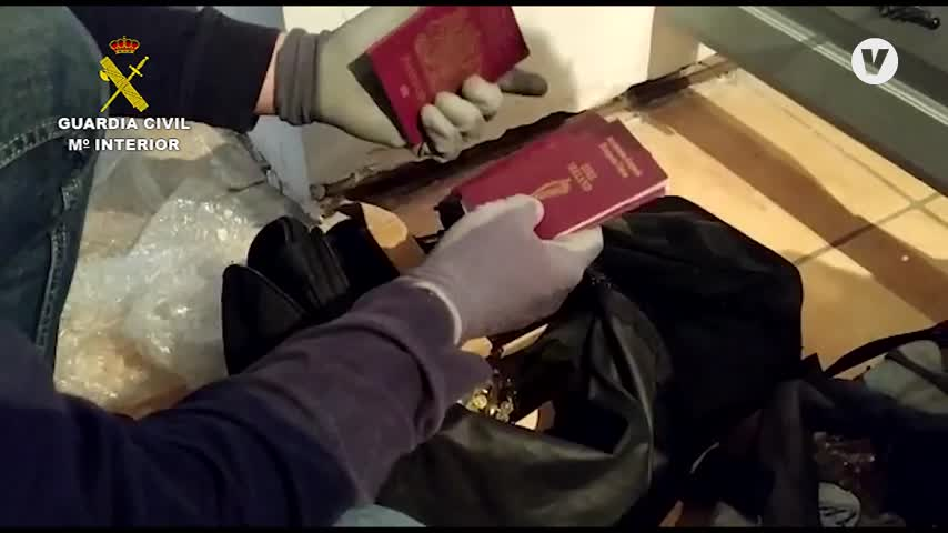 Tres detenidos en Málaga con un arsenal de armas destinadas al narcotráfico