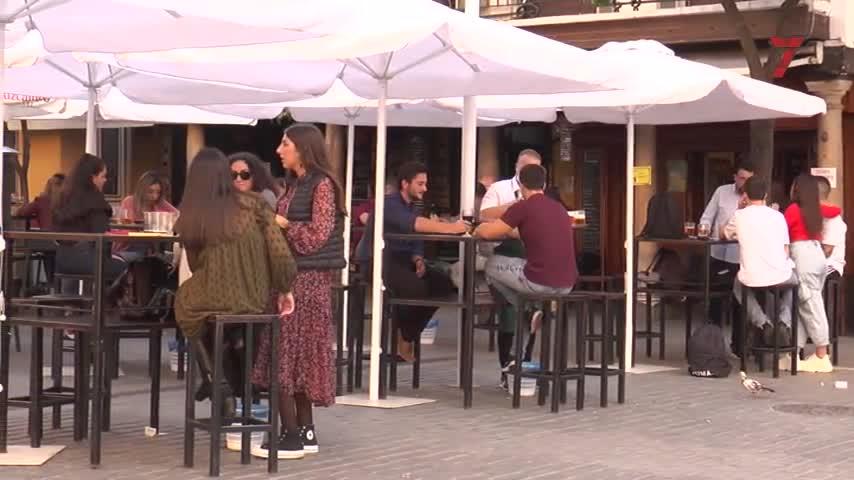 Sólo un 10% de los bares de Sevilla abrirá en Nochevieja