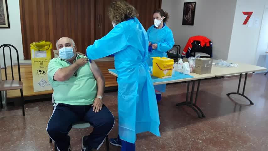 La Junta inicia la administración de la segunda dosis de la vacuna en Jerez