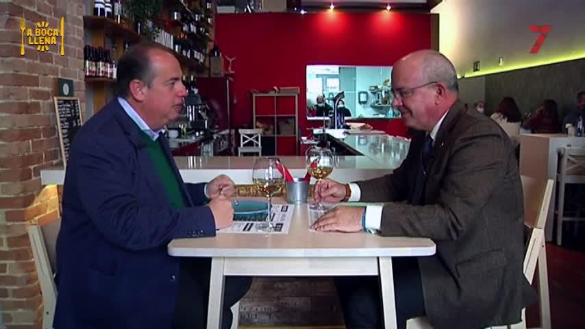A mesa y mantel con Javier Sánchez Rojas