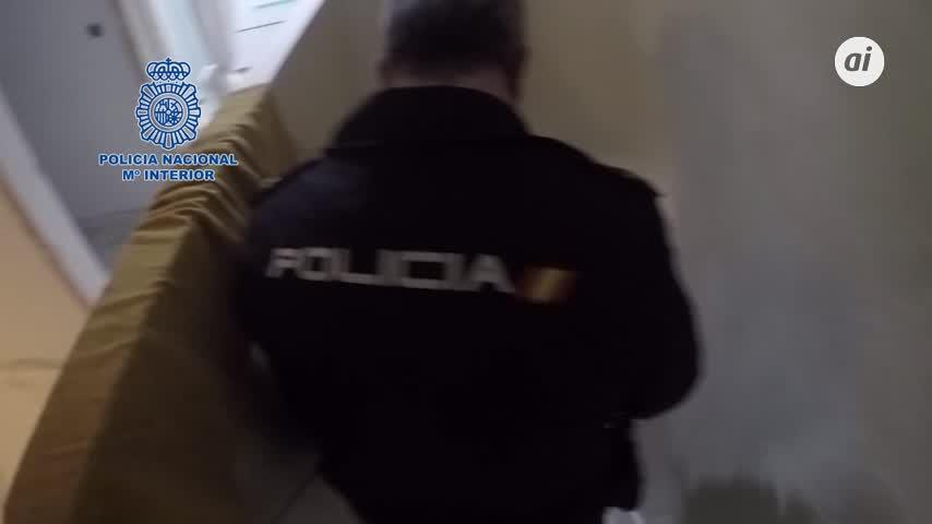 Cae una familia que cultivaba cannabis en casas ocupadas en Camas (Sevilla)
