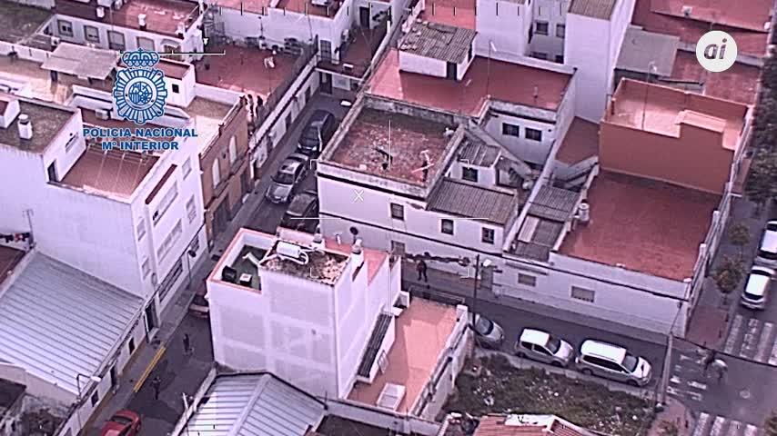 Agrede a agentes de Bellavista (Sevilla) cuando hacían controles contra la venta de droga