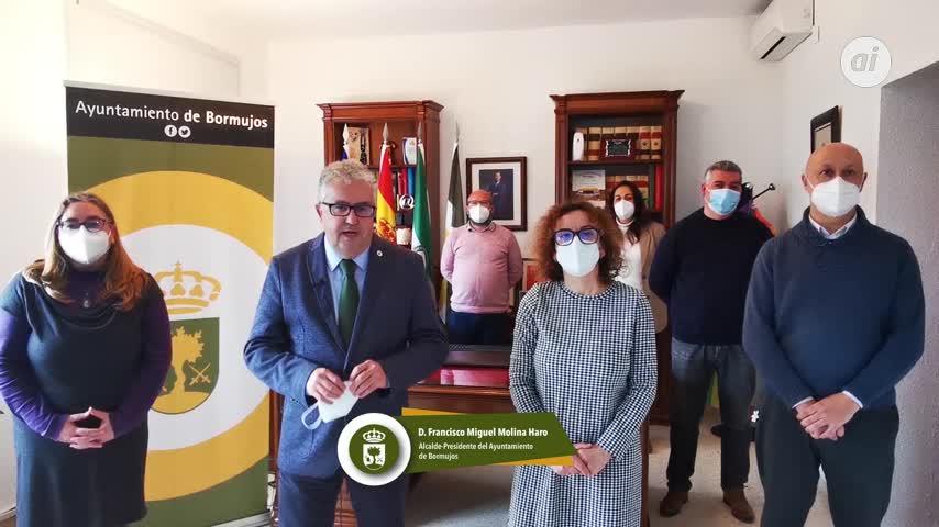 El alcalde de Bormujos (Sevilla) asegura ser víctima de una campaña de