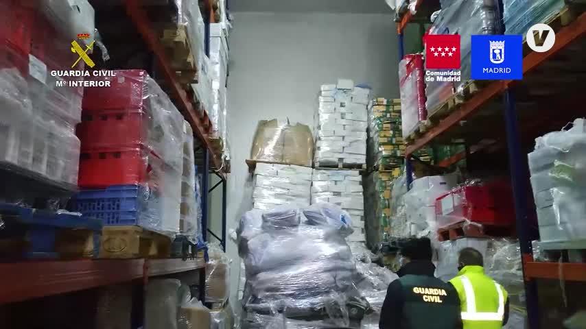 La Guardia Civil detiene a 14 personas e incauta 122.000 kilos de carne caducada