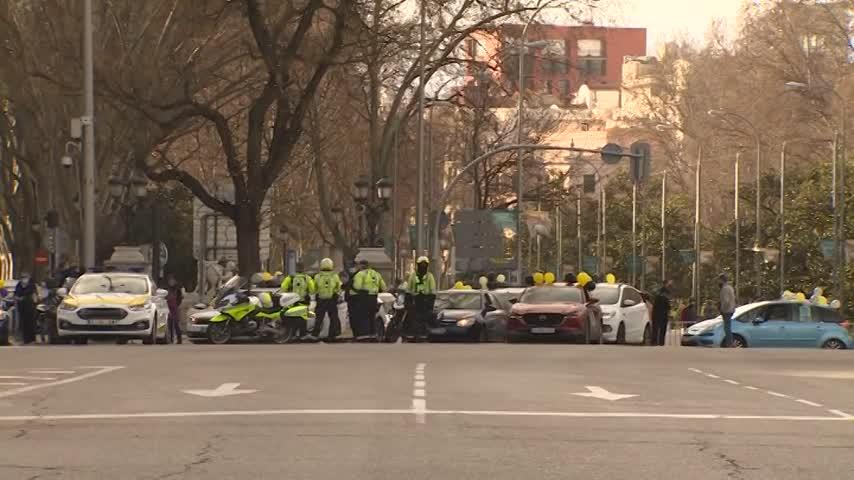 Trabajadores temporales públicos exigen en las calles su regularización administrativa