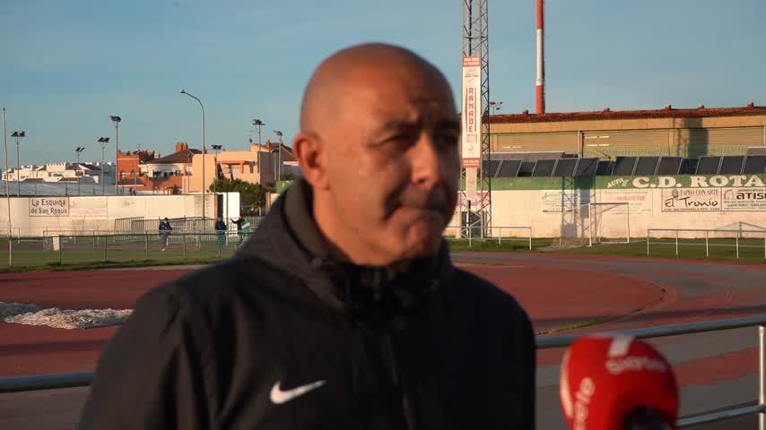 Paco Peña, míster del Rota: