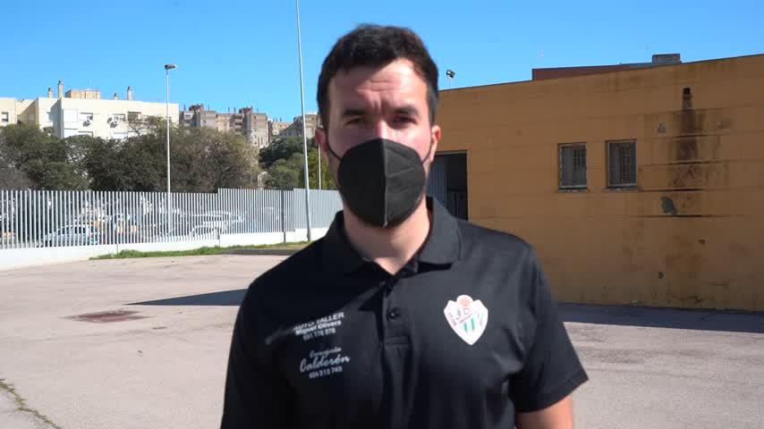 Diego González, técnico del CD Jédula: