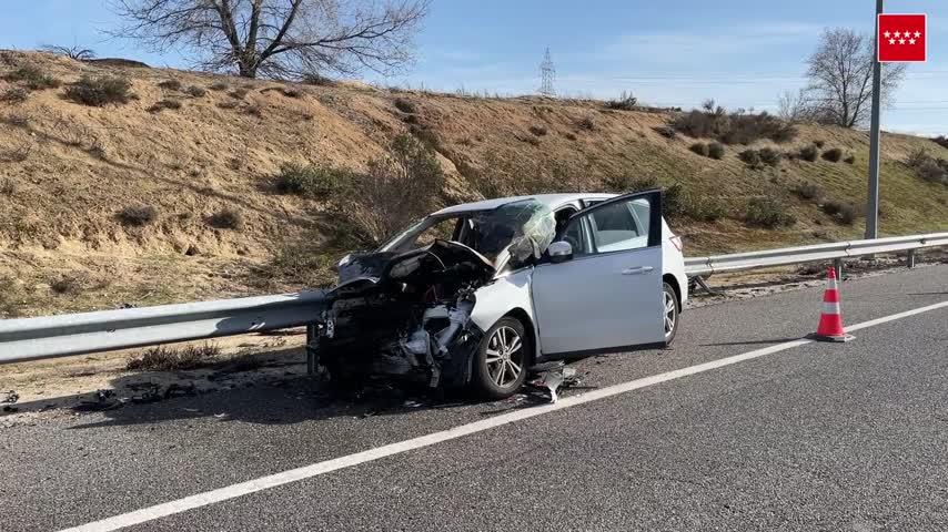 Muere un joven embestido al quedarse su coche sin gasolina parado en la carretera