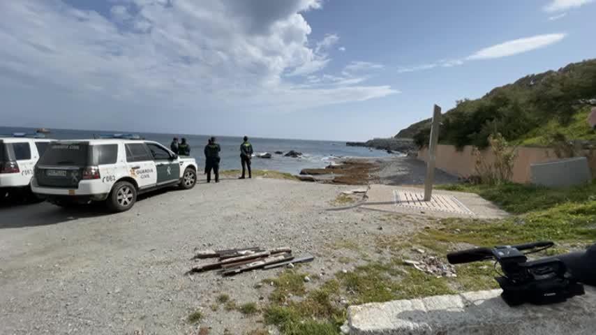Hallan el cadáver de un hombre con documentación francesa flotando en una playa de Ceuta
