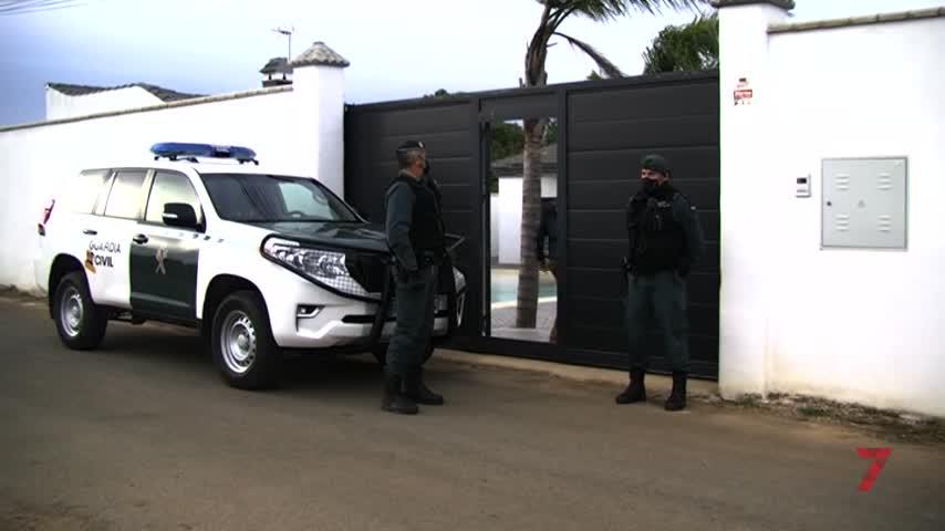 21 detenidos, intervenidos chalés y coches por 2,5 millones derivados de la droga