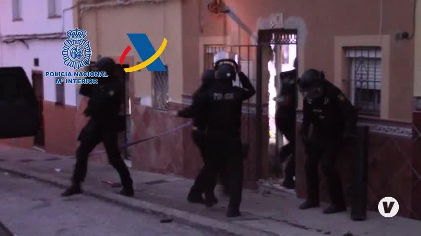 La banda de 'el Rubio' efectuaba alijos casi a diario en Algeciras empleando a menores