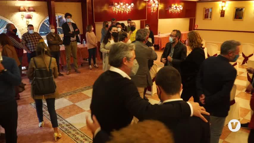 Alcaldes, alcaldesas y portavoces de la provincia mantienen un encuentro con Juan Espadas