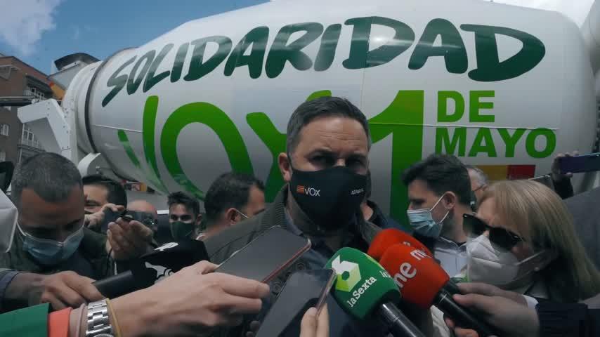 Abascal acusa a Iglesias de enviar al mitin de Vallecas