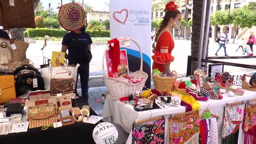 Brindis por la Primavera Flamenca en la plaza del Arenal de Jerez