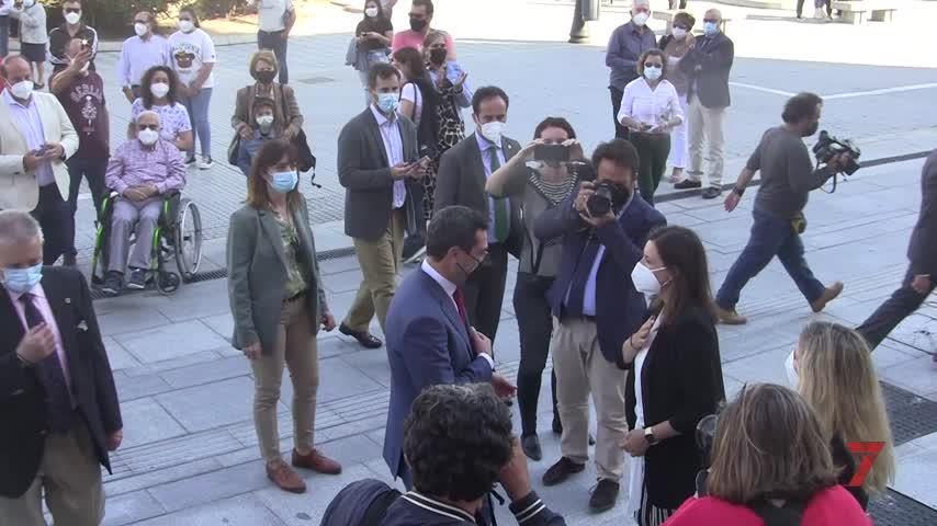 Moreno destaca las bondades del Ayuntamiento de San Fernando tras su rehabilitación