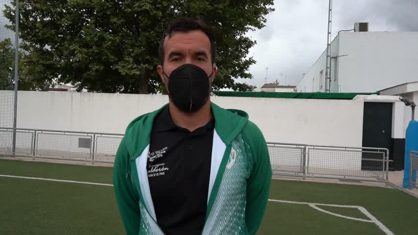 Diego González asciende al Jédula en su primer año en el banquillo blanquiverde