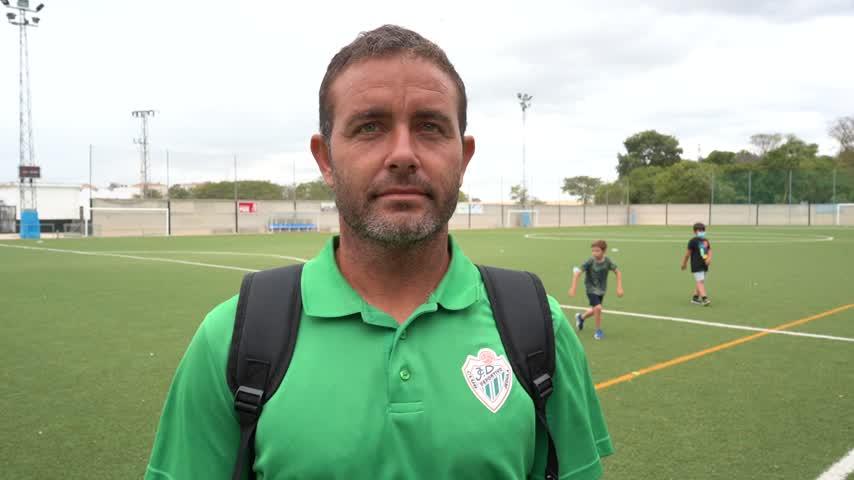 Jorge Jiménez, el eterno capitán del CD Jédula, acumula 15 temporadas en el club