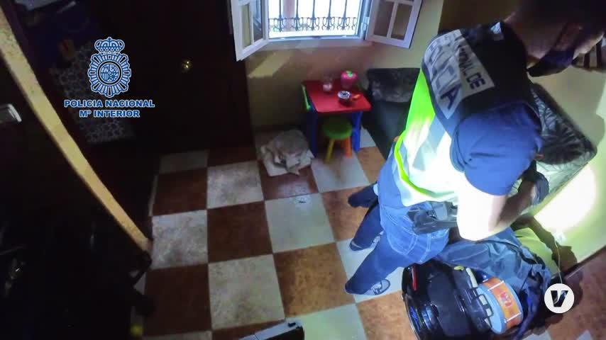 Detenidos por atracar varios supermercados con armas de fuego en Sevilla