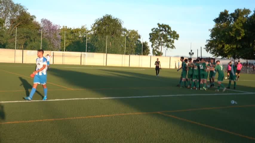 Los juveniles del CD Jédula celebraron su brillante ascenso a Tercera Andaluza